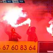 Malgré le confinement ... des supporters de Béziers allument des fumigènes en plein match