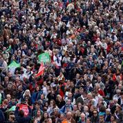 EN DIRECT - Mobilisation contre la PMA : des dizaines de milliers de personnes à Paris