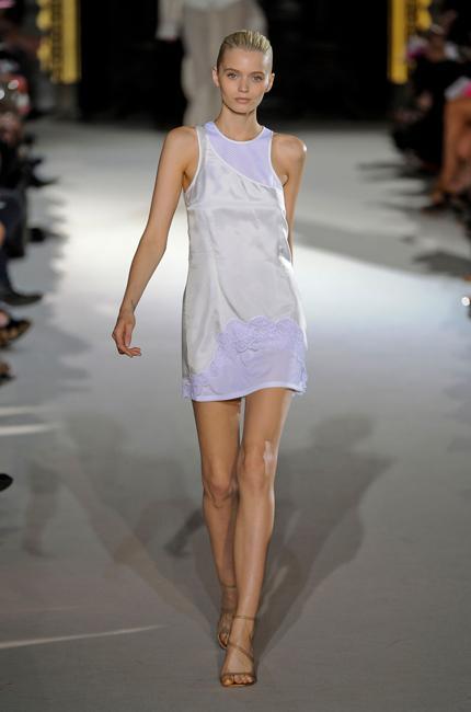 Défilé Stella McCartney Printemps-été 2012 Prêt-à-porter ...
