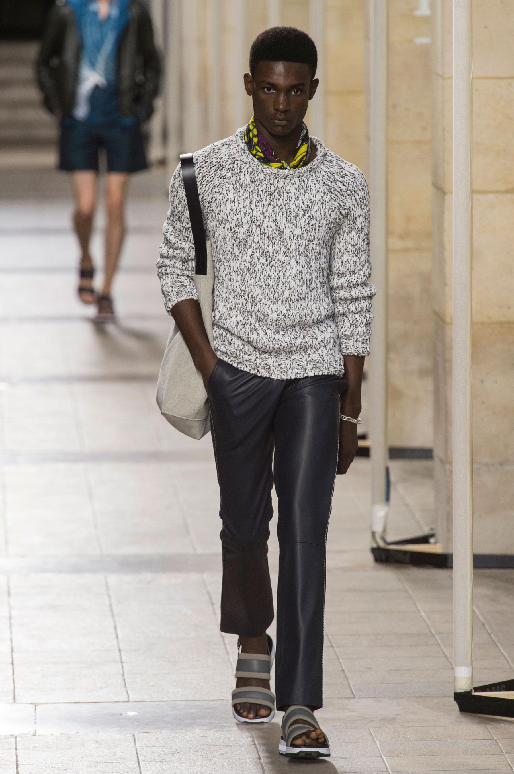 Défilé Hermès Printemps-été 2017 Homme - Madame Figaro 16de827c579