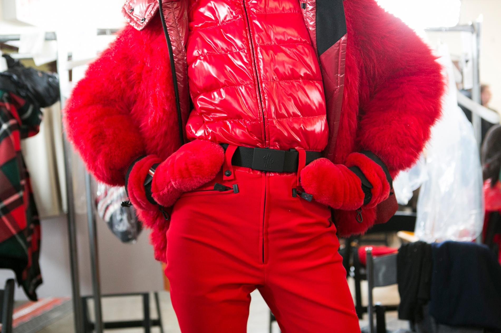 0bd8f3a0ea85 backstage-defile-moncler-grenoble-automne-hiver-2017-2018-new-york-coulisses-10.jpg