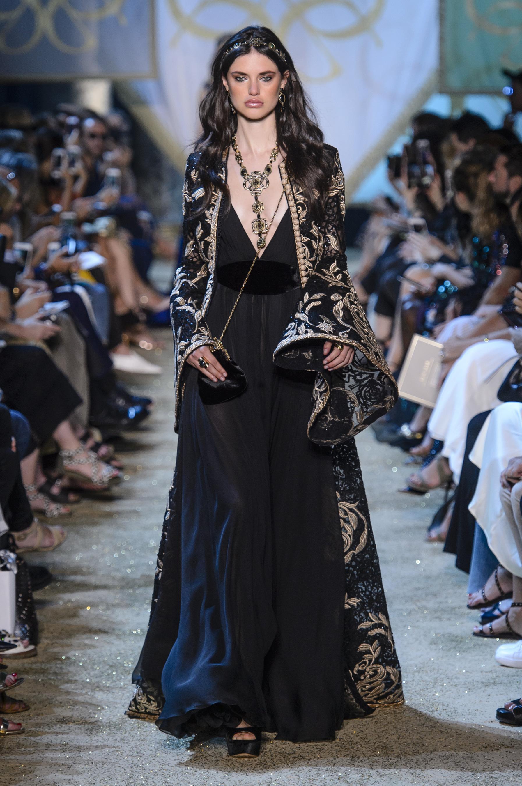 8c326feeb7a9e1 Défilé Elie Saab Automne-hiver 2017-2018 Couture - Madame Figaro