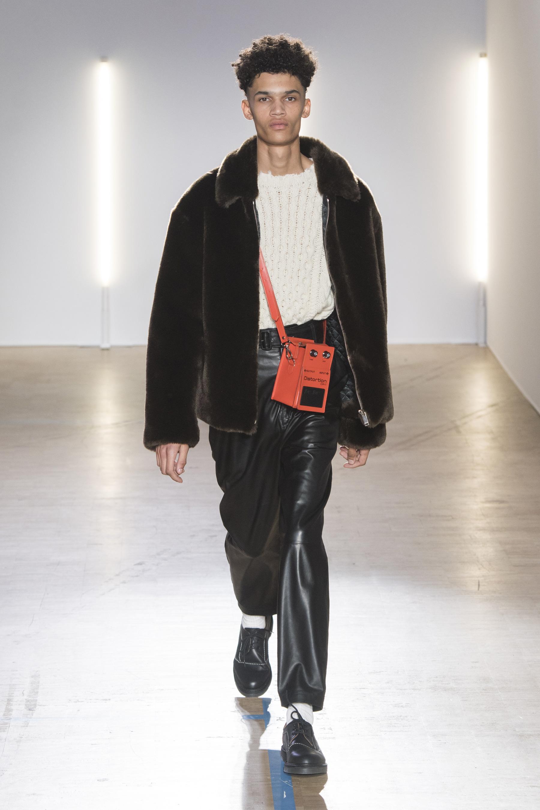 Défilé Christian Dada automne-hiver 2018-2019 Homme - Madame Figaro 257d1f0dda70