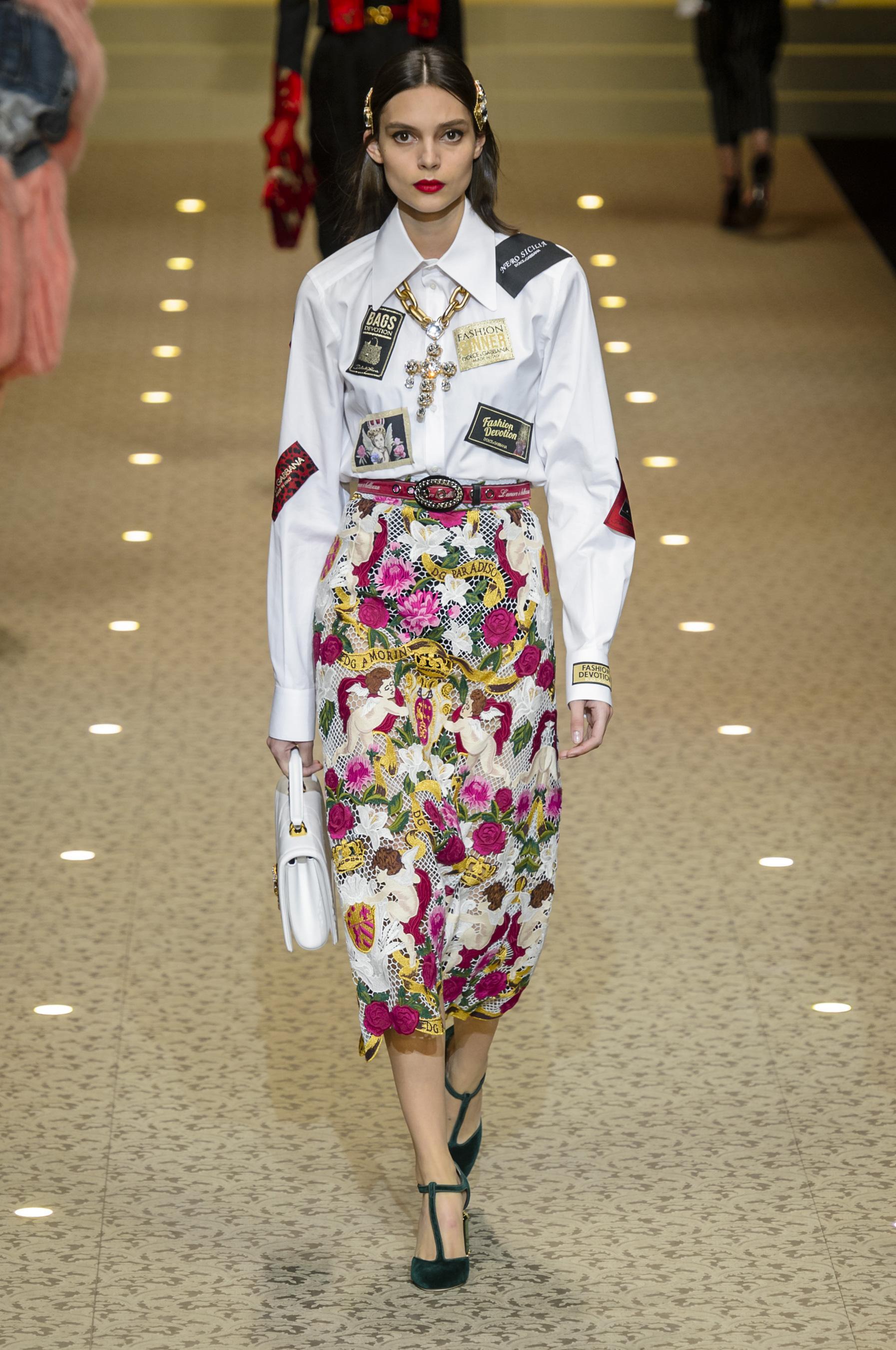Défilé Dolce   Gabbana automne-hiver 2018-2019 Prêt-à-porter ... a7e143ac548b
