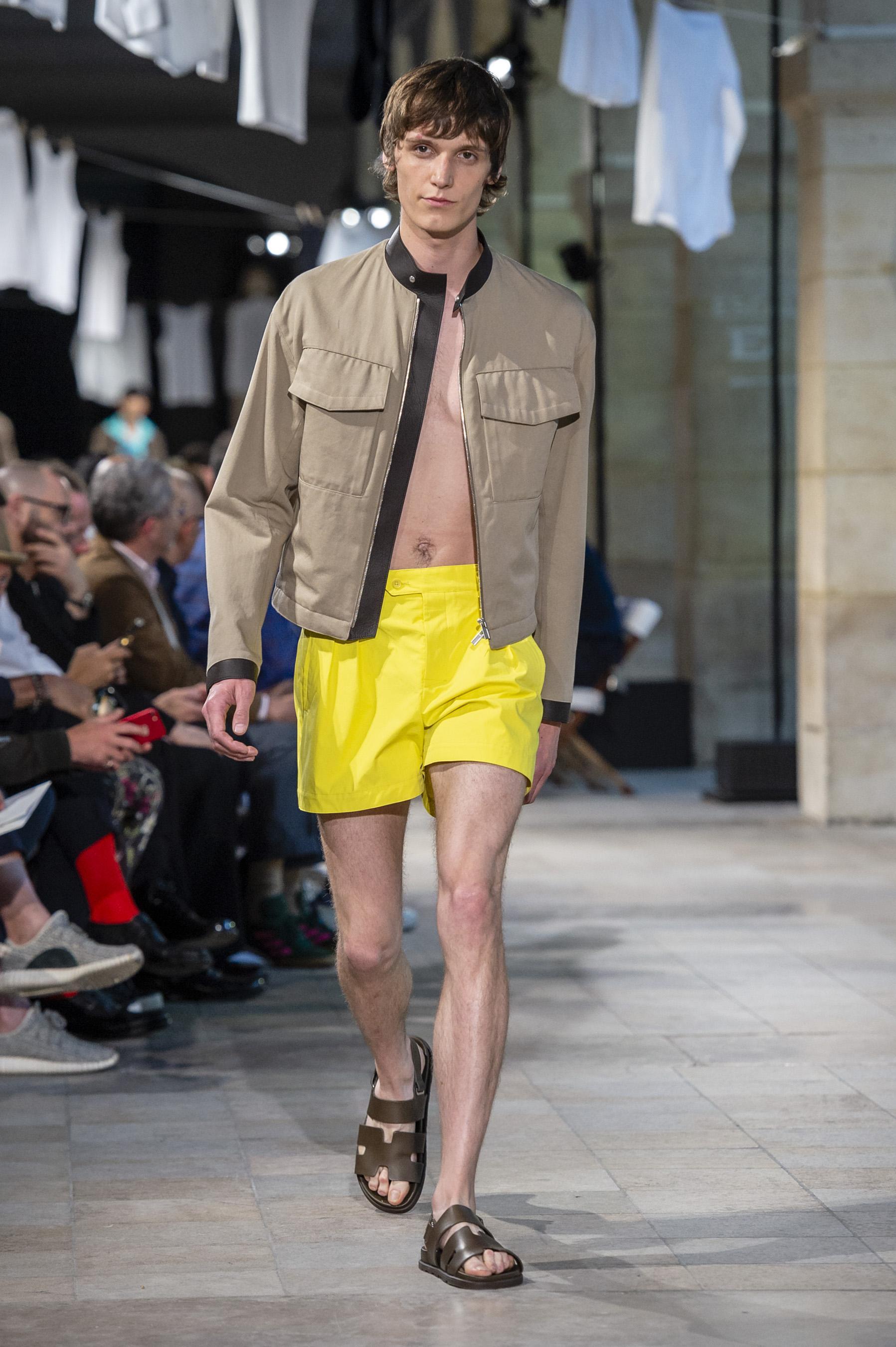 Défilé Hermès printemps-été 2019 Homme - Madame Figaro 596f405b88d