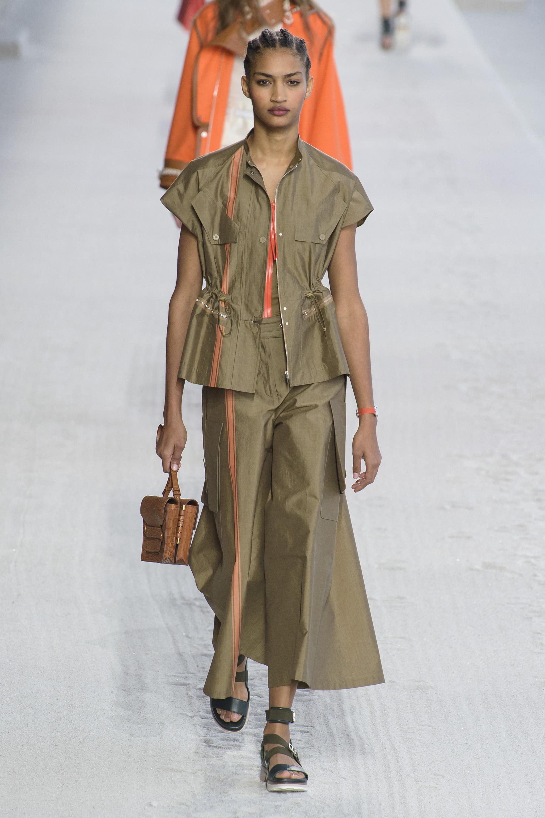 Défilé Hermès printemps-été 2019 Prêt-à-porter - Madame Figaro c885351dc41