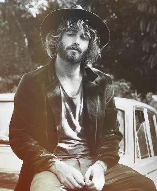angus stone madame figaro. Black Bedroom Furniture Sets. Home Design Ideas