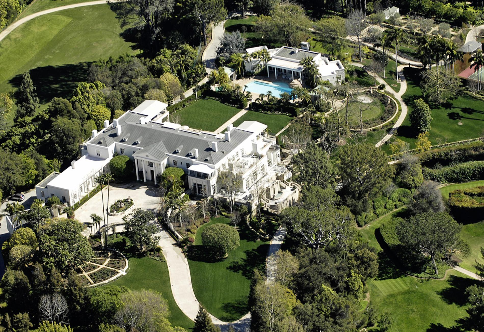 Le Scandaleux Destin De La Dynastie Hilton Madame Figaro
