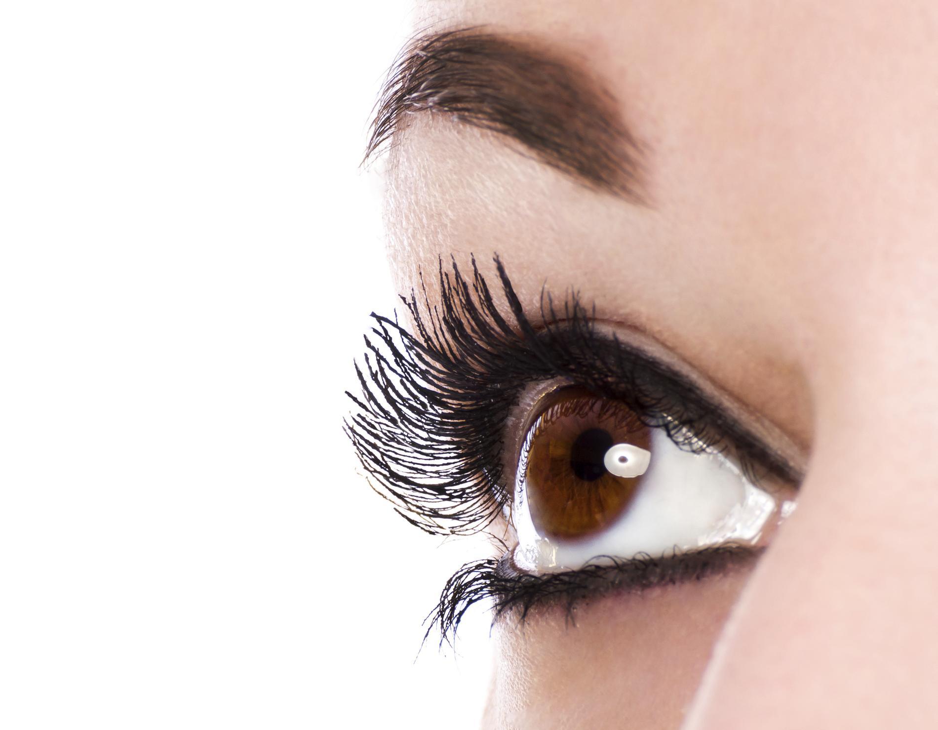 Fabuleux Quelles lentilles de couleur choisir pour des yeux marron  JR85