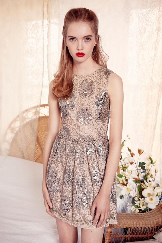 Comment éviter les bourdes vestimentaires lors d un mariage - Madame ... d01b44d6d894