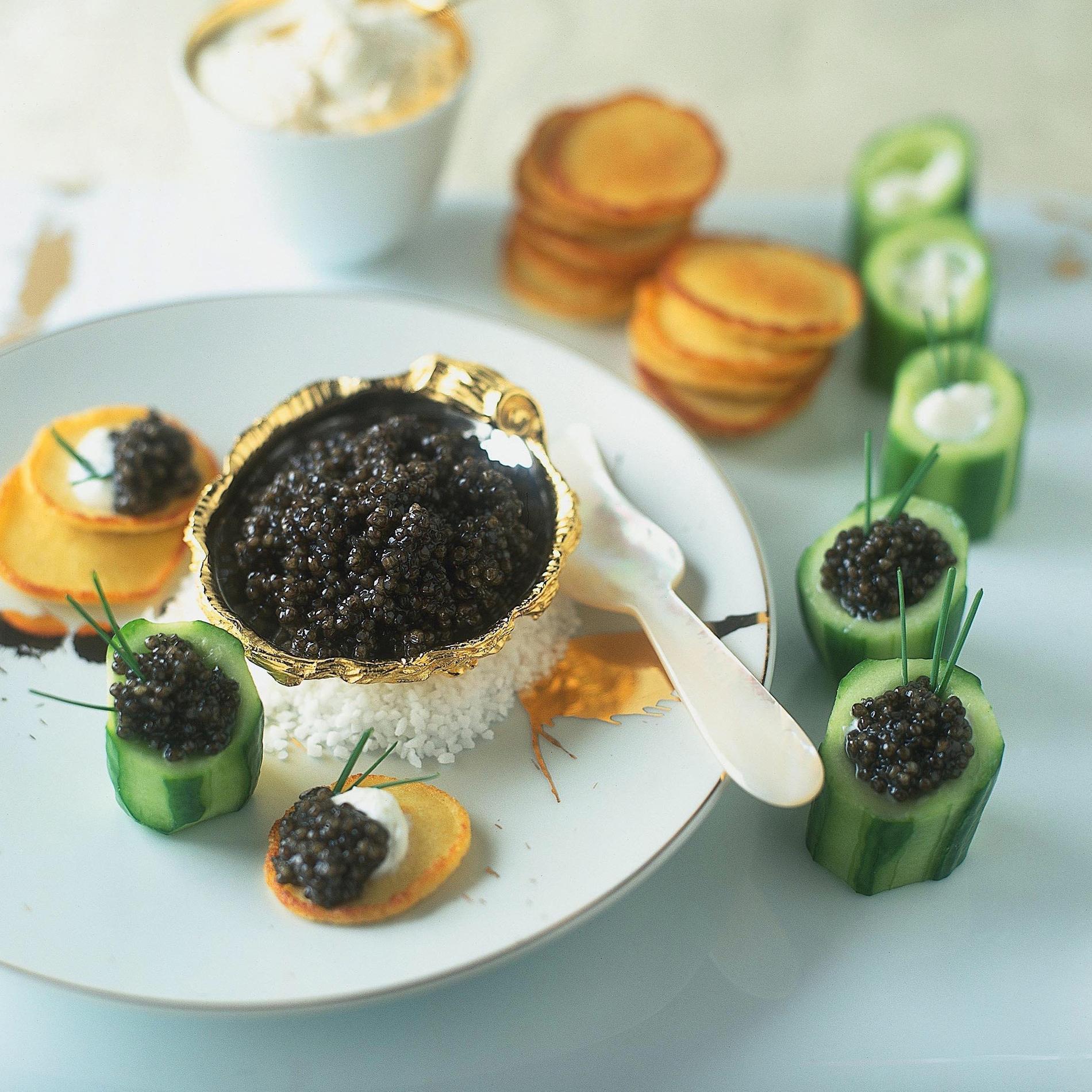recette amuse bouche au caviar cuisine madame figaro. Black Bedroom Furniture Sets. Home Design Ideas