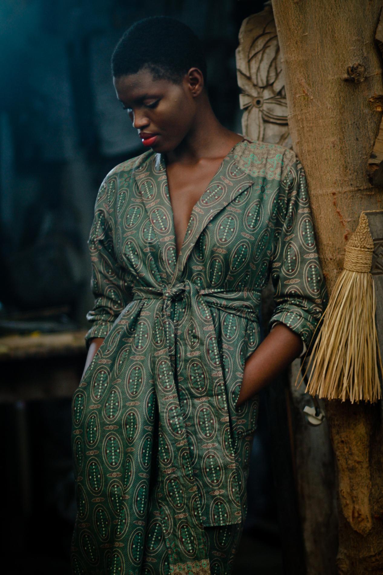 les jeunes cr ateurs qui font briller la mode africaine madame figaro. Black Bedroom Furniture Sets. Home Design Ideas
