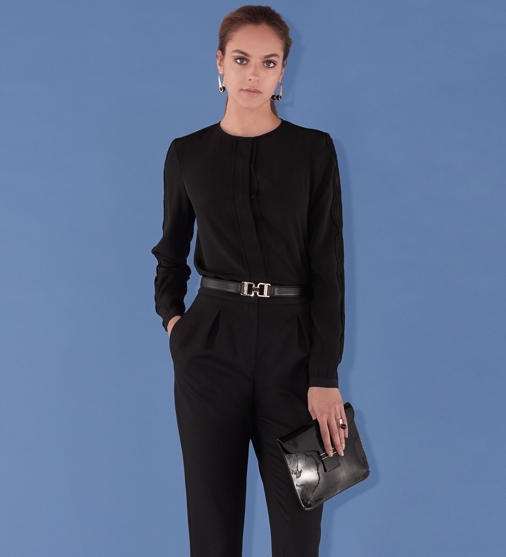 Comment s habiller pour un déplacement professionnel   - Madame Figaro 724ba412b17