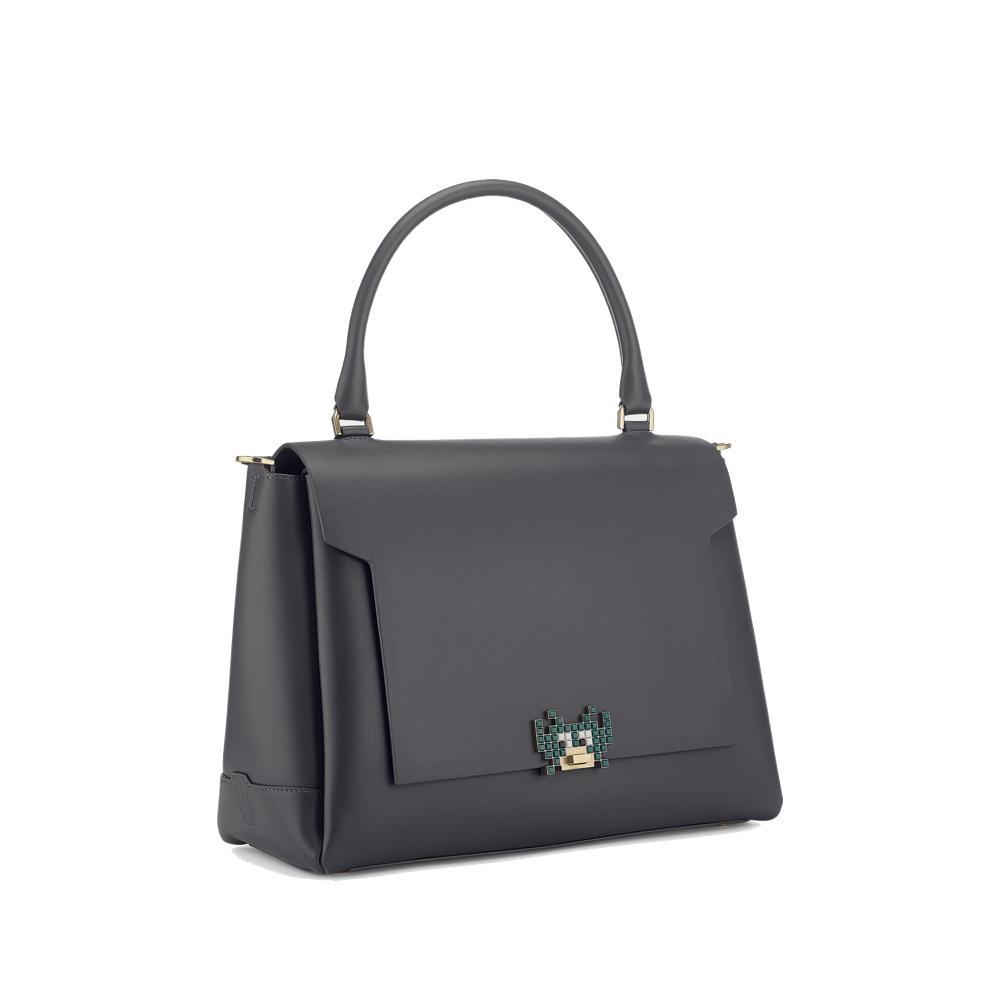 3af257c9f7501 ... Les sacs les plus désirables de la rentrée   Bimba y Lola Les sacs les  plus désirables de la rentrée   Maison Ullens Les sacs les plus désirables  de la ...