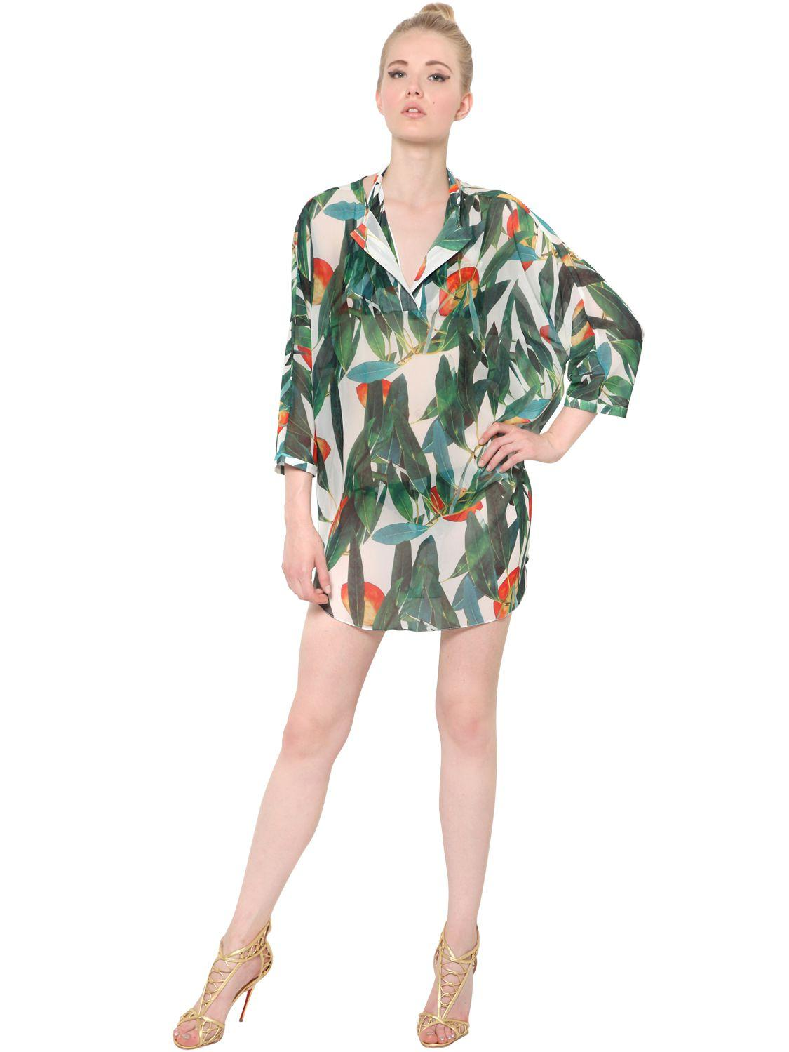 les petites robes d t pour mettre en valeur ses jambes bronz es madame figaro. Black Bedroom Furniture Sets. Home Design Ideas
