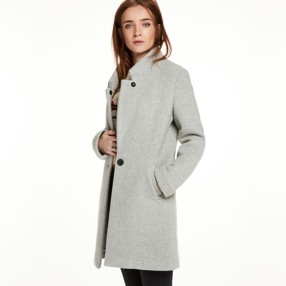 ... Des manteaux classiques, intemporels et chics   Acne Studios Des manteaux  classiques, intemporels et chics   A.P.C. Des manteaux classiques, ... 8f468f17b4e5