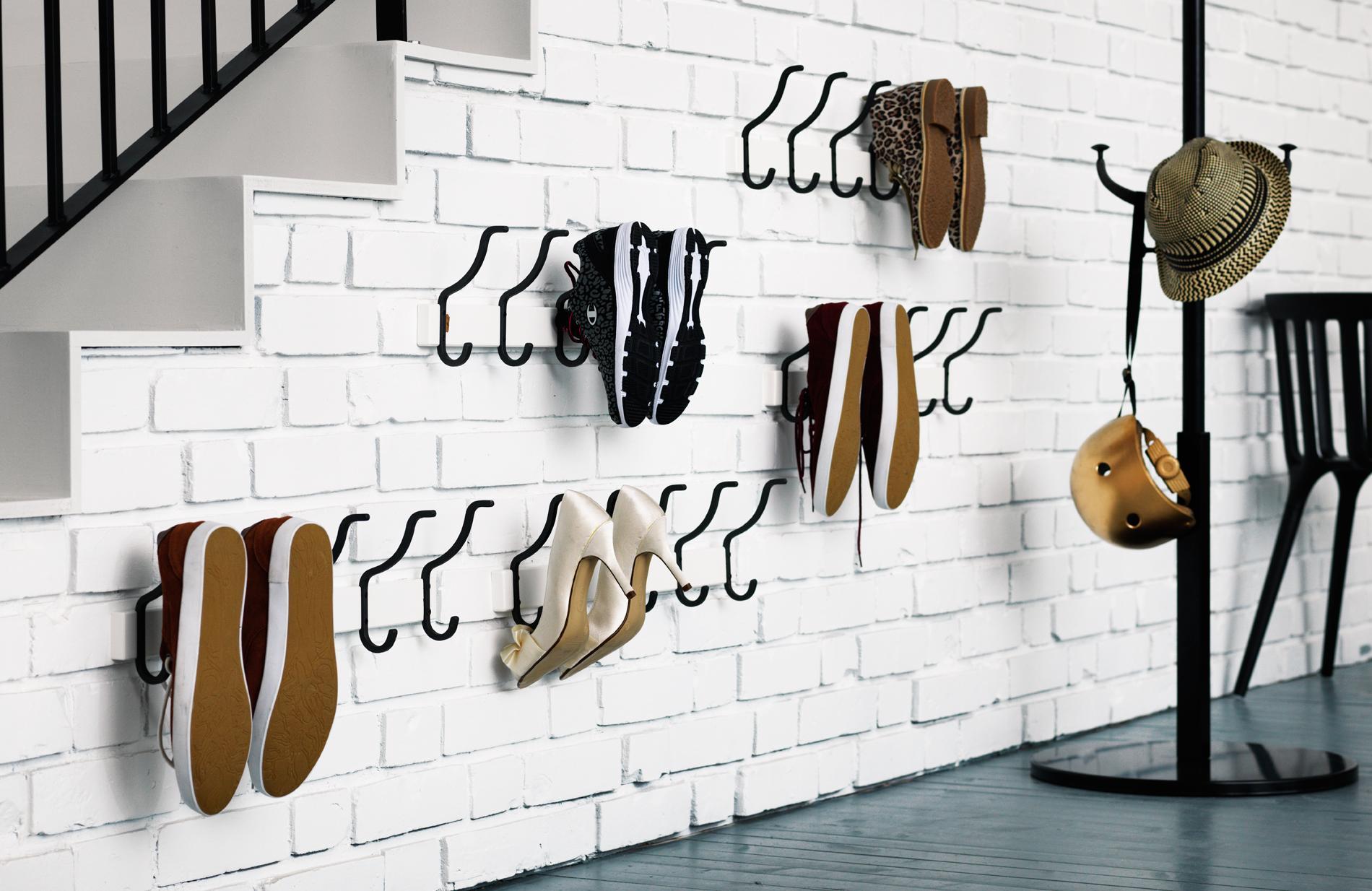 comment ranger 60 paires de chaussures dans un deux pi ces. Black Bedroom Furniture Sets. Home Design Ideas
