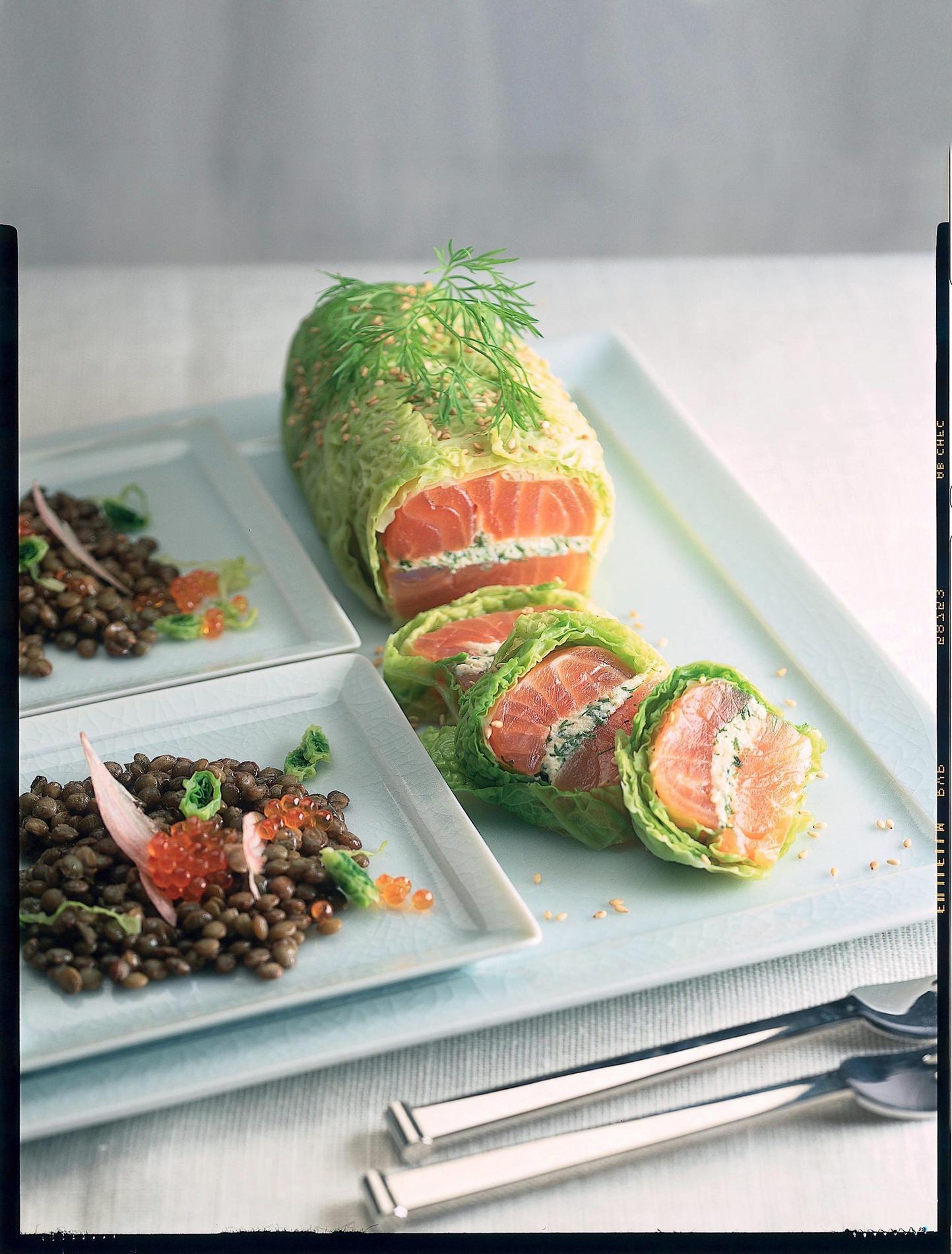 le saumon en dix recettes chic et faciles cuisine. Black Bedroom Furniture Sets. Home Design Ideas