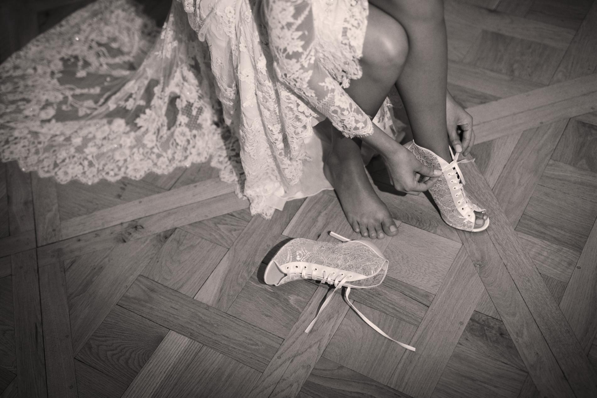 Jimmy Choo   une collection de souliers de mariée féérique - Madame ... 013f56d298c1