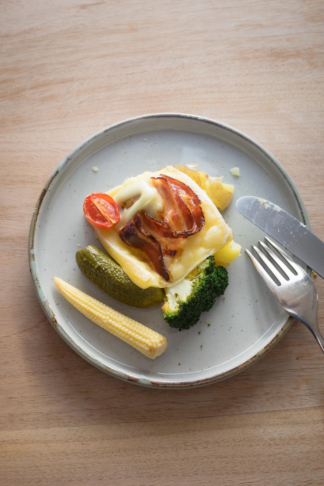 tartiflette raclette et gratin dauphinois les recettes d hiver en version light cuisine. Black Bedroom Furniture Sets. Home Design Ideas