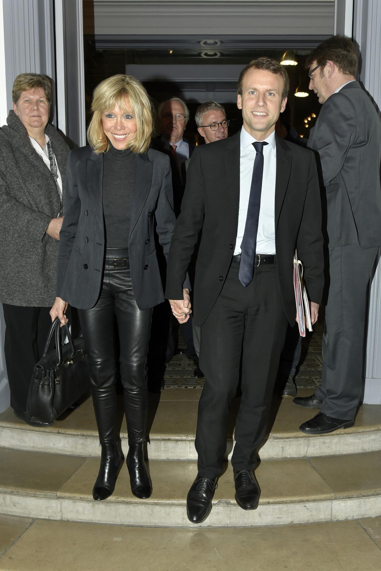 Madame Madame Whips Les Milfs Milfs Milfs Icône Nouvelles Brigitte Macron Des Figaro fFq00U