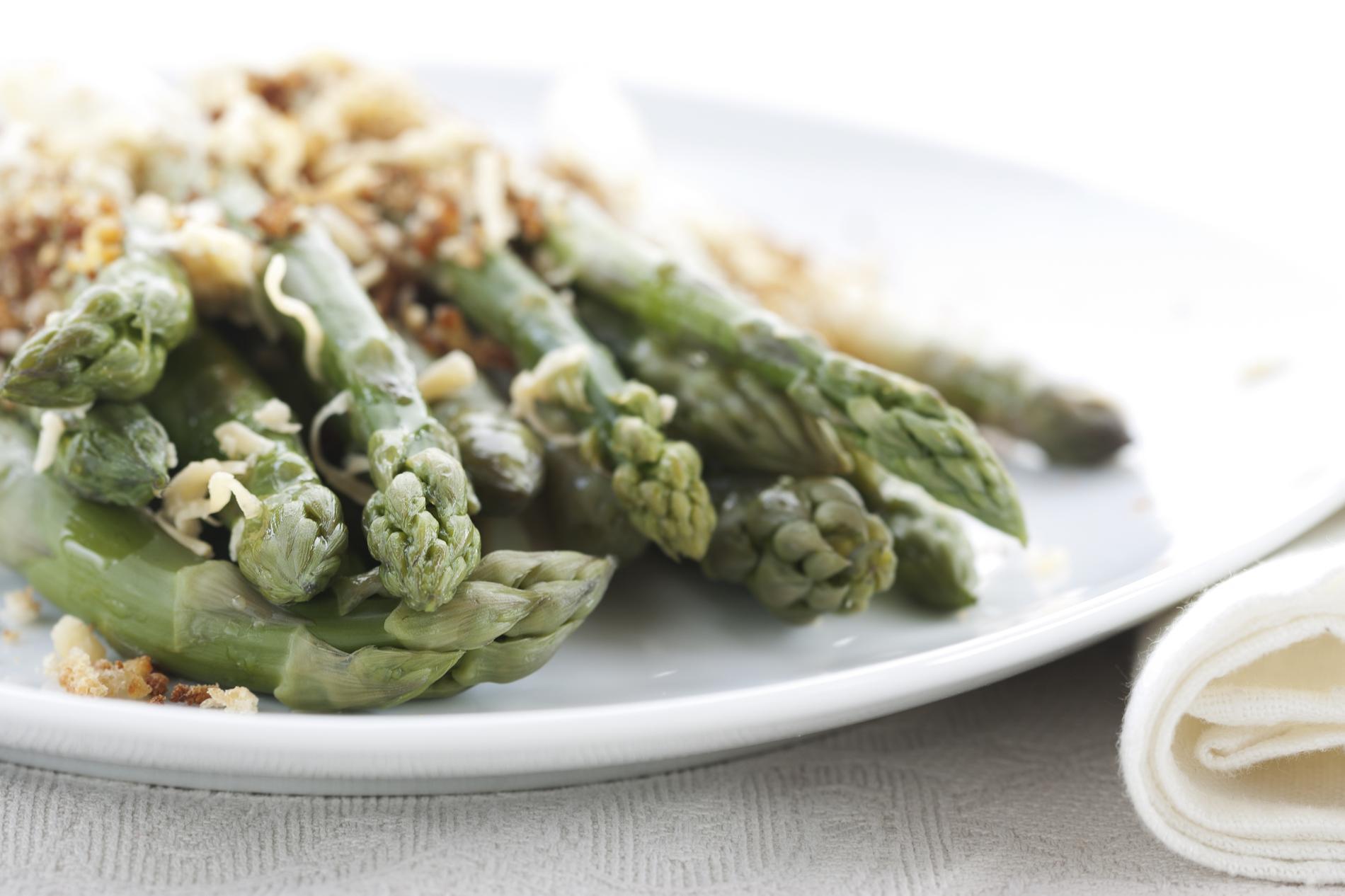 nos plus belles recettes base d 39 asperges vertes cuisine. Black Bedroom Furniture Sets. Home Design Ideas