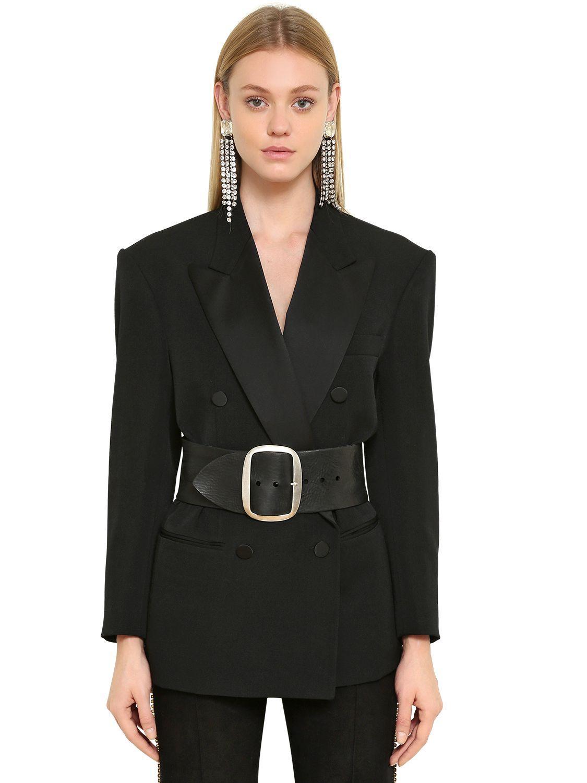 Un blazer pour parfaire son allure de working girl à la rentrée ... cf0e6666f8e