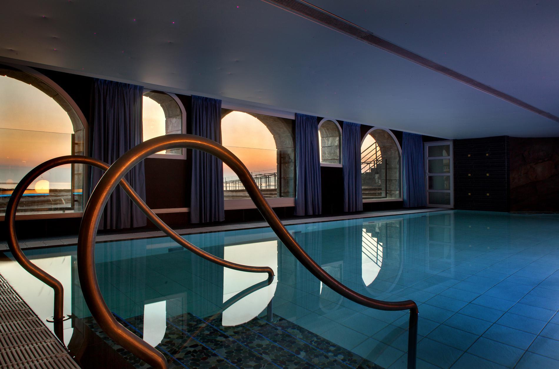 ... 11 séjours anti-fatigue pour cet automne - Grand hôtel thalasso   spa  Saint-Jean-de-Luz ... 574b723d391e