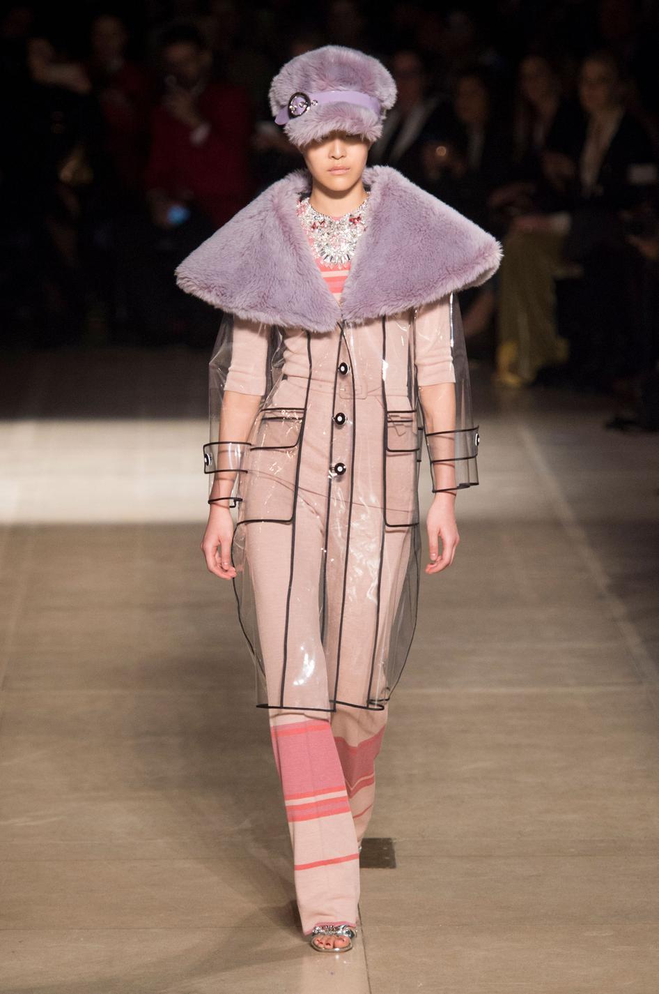 ... Des manteaux cirés qui vont nous faire aimer la pluie - Armor Lux Des  manteaux cirés qui vont nous faire aimer la pluie - My Sunday Morning Des  manteaux ... cd3cf4f1e941