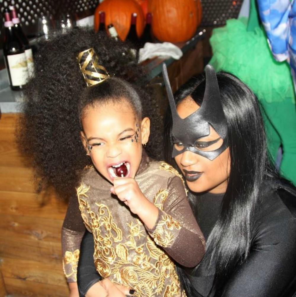 ... Halloween   20 idées de maquillage pour petits et grands inspirées des  stars - Blue Ivy ... aa6c7431b856