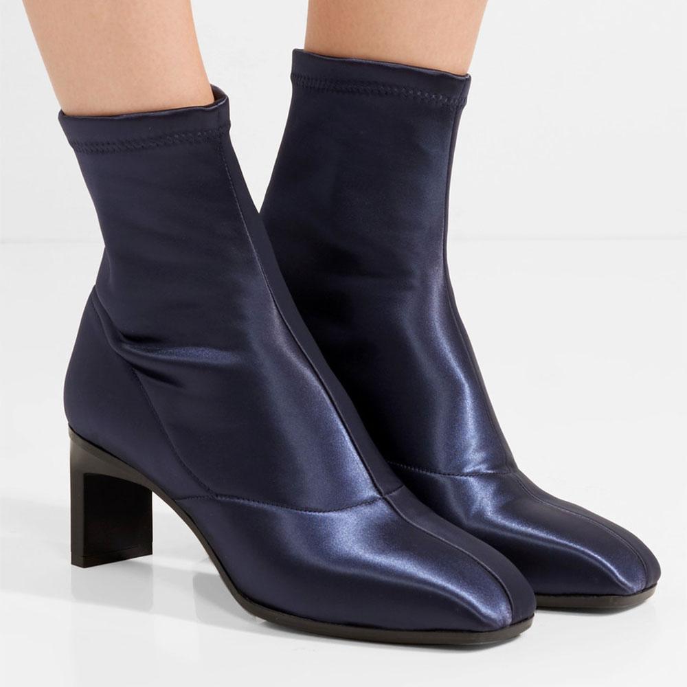 a7419ae5ce9e ... Les 21 paires de bottines-chaussettes qui nous donnent envie cet hiver  - 3.1 Phillip Lim ...