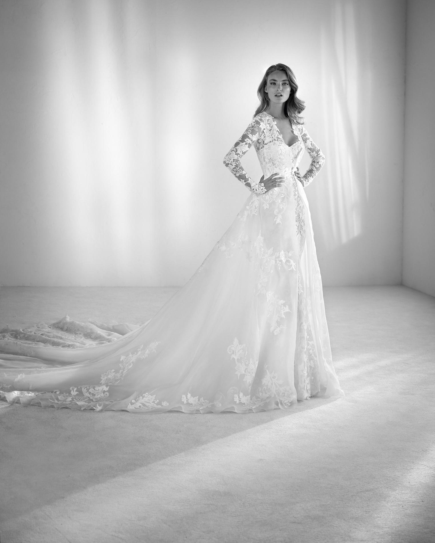 Half Penny London Quelle robe de mariée choisir lorsque l on a une forte  poitrine   a9e81638dbc