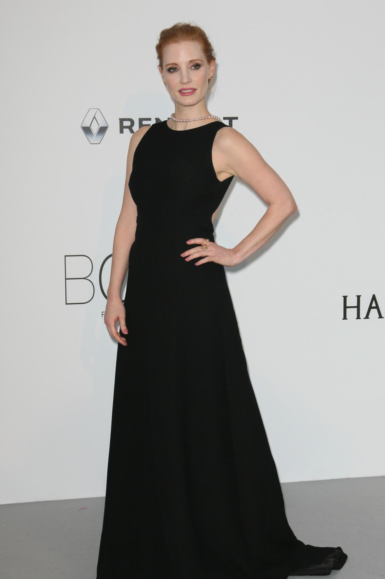 les actrices hollywoodiennes appellent s 39 habiller en noir aux golden globes 2018 madame figaro. Black Bedroom Furniture Sets. Home Design Ideas
