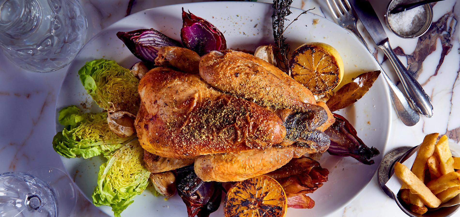Bien-aimé Version palace ou rustique chic, le poulet superstar - Cuisine  TK79
