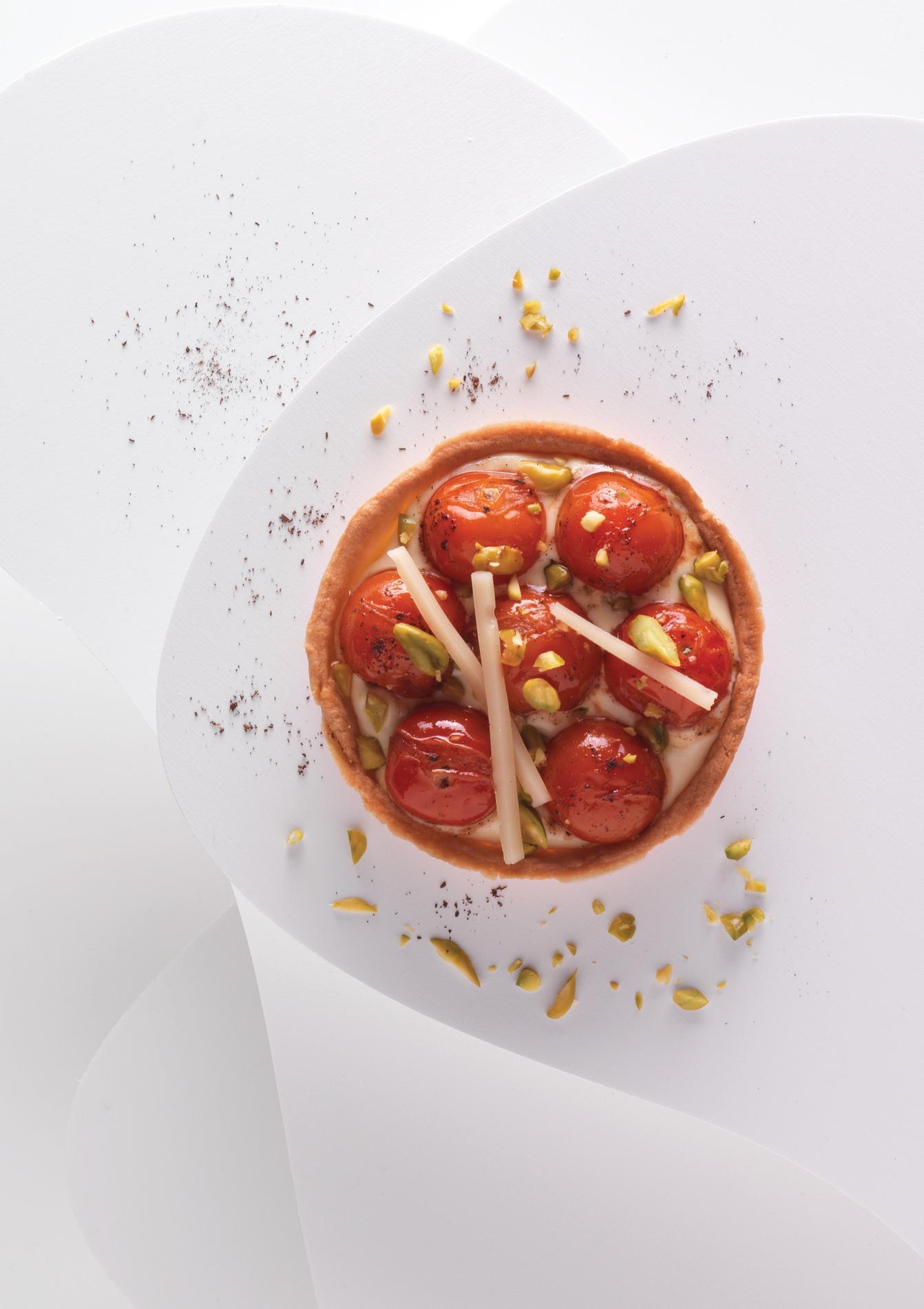 recette tarte sal e tomates et abondance cuisine madame figaro. Black Bedroom Furniture Sets. Home Design Ideas