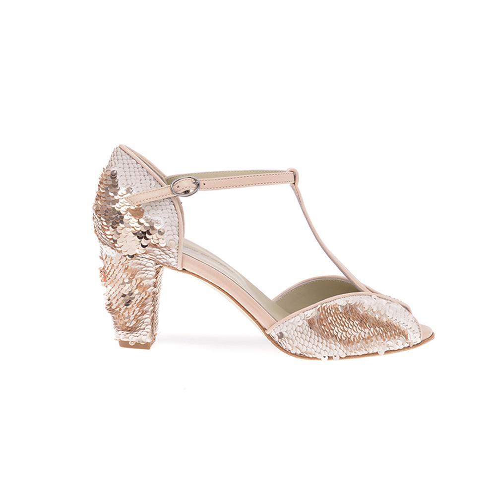 873ce27b2645 ... Des souliers pour que chaque mariée trouve chaussure à son pied -  Anniel ...