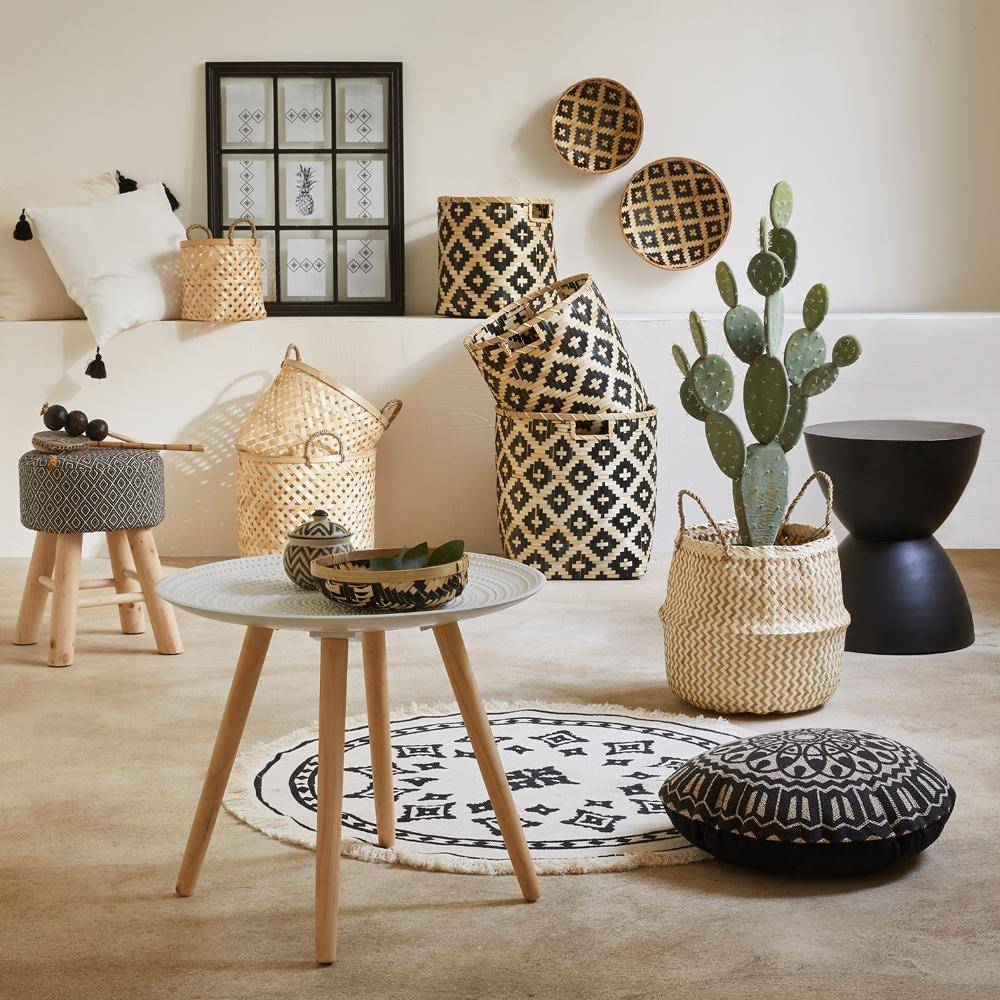 cache pots et suspensions design pour des plantes du sol. Black Bedroom Furniture Sets. Home Design Ideas