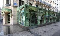 Restaurant  Ladurée Champs Elysées