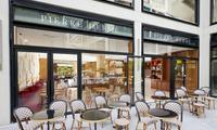 Restaurant  Pierre Hermé, le café à Beaupassage