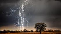 Foudre, tonnerre, découvrez 10 citations sur l'orage