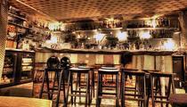 Trois bars à cocktails parisiens parmi les 50 meilleurs du monde