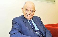 Mediator: Jacques Servier interrogé par les enquêteurs
