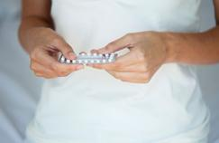 Contraception: prendre la pilule n'est pas sans risques