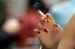 Les fumeuses qui arrêtent à 40 ans vivent 9 ans de plus