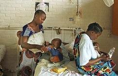 Sida: comment le lait maternel protège les bébés