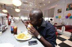 Le manque de sommeil donne envie de manger gras