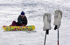 Sports d'hiver: les ligaments croisés sont les plus exposés