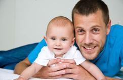Le lien père-enfant important dès les premiers mois