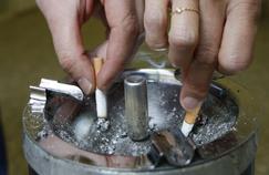 AVC: arrêter de fumer diminue rapidement les risques