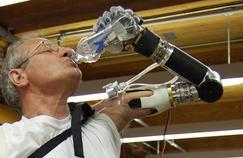 Des bras bioniques de plus en plus performants